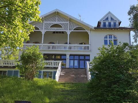 """""""Villa Steinhavel"""" direkt an der Havel mit Sauna"""