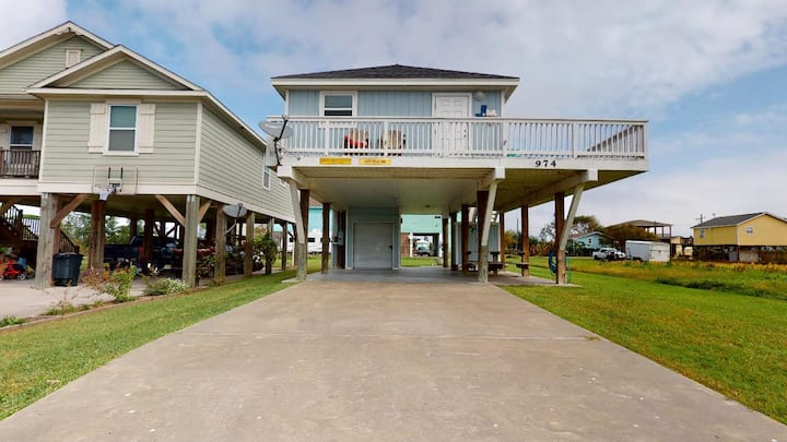 Quaint 2 bedroom beach property located in popular area - Just Beachin'