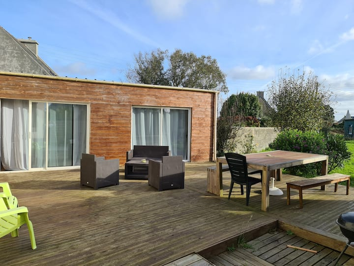 Spacious outbuilding to discover at 2 or 4!