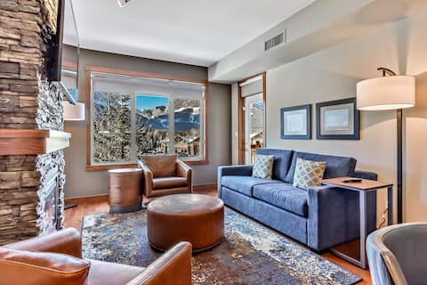 Relaxing Mountain Retreat in Top Canmore Resort