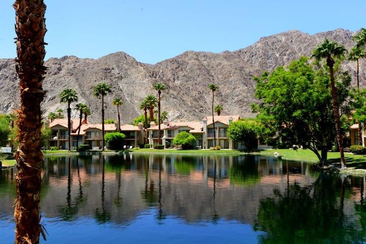 PGA West Lake View: Stunning Lake & Mountain Views