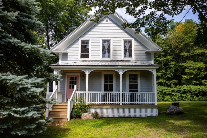 Ollie's Cottage on the Sheepscot River