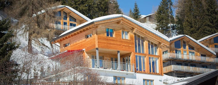 ChaletZep, a beautifully decorated luxury chalet