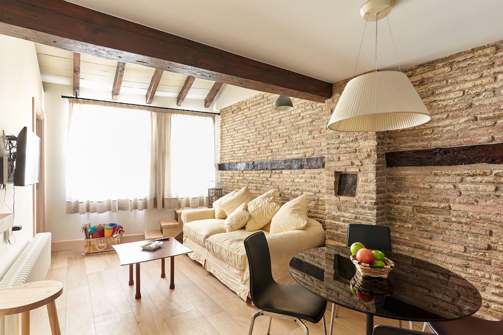 Atico en estafeta apartments for rent in pamplona for Atico en pamplona