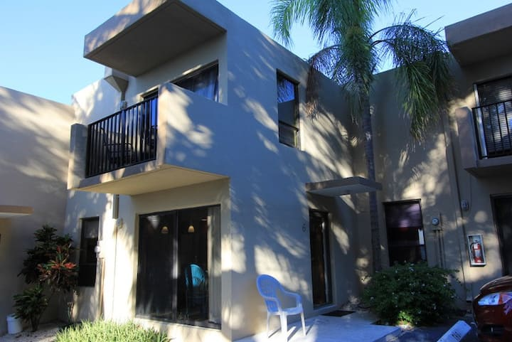 Key Largo 2br 1.5bath Townhouse w Boatslip!