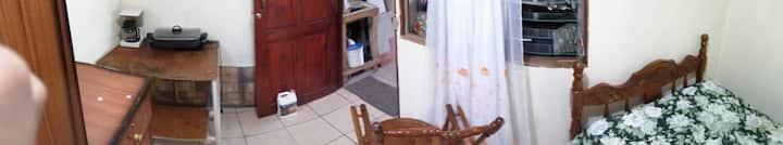 Habitacion Simple, Cerca de paradas, San Isidro