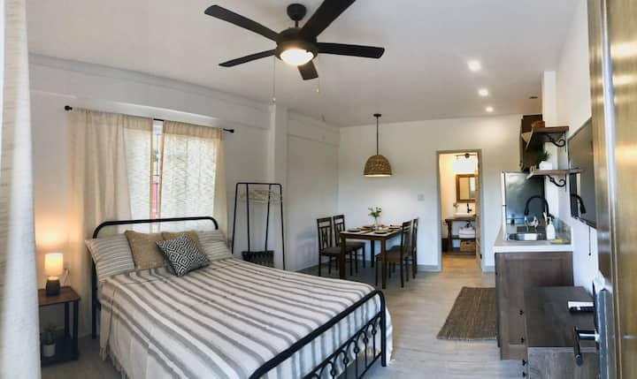 Excellent fully furnished apartment for 2 guests