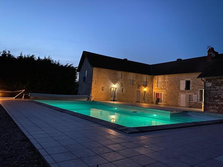 villa - piscine sauna proche Futuroscope ch-Hezo