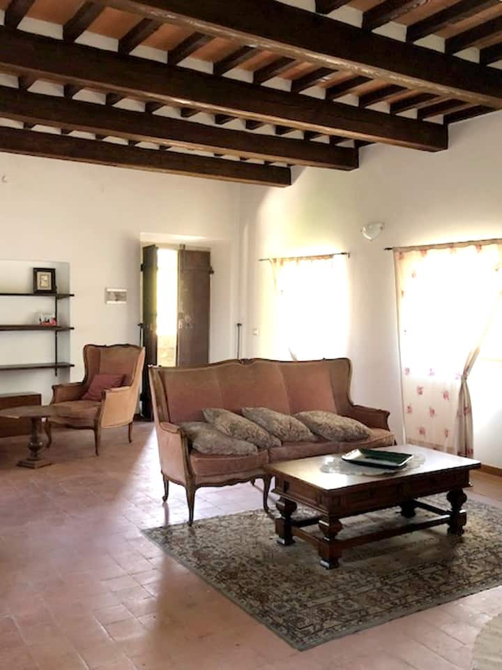 Amazing apt in Brancialino & Wifi