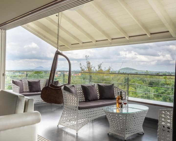 Birdsong Villa