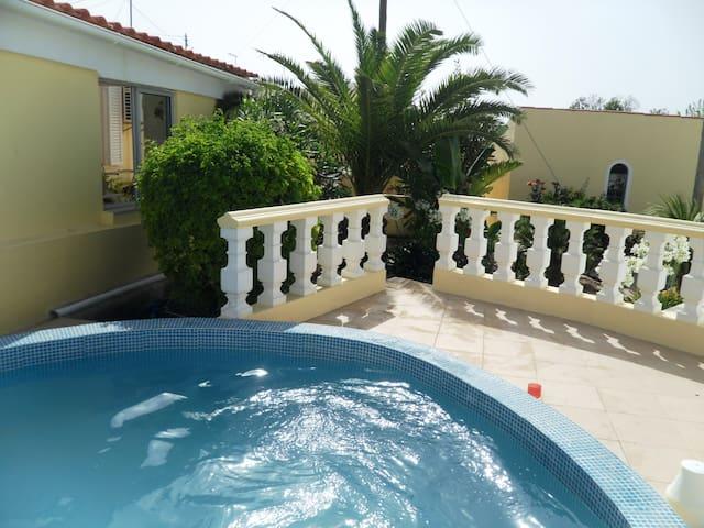 Casa rural com Piscina - Goldra de Cima - House