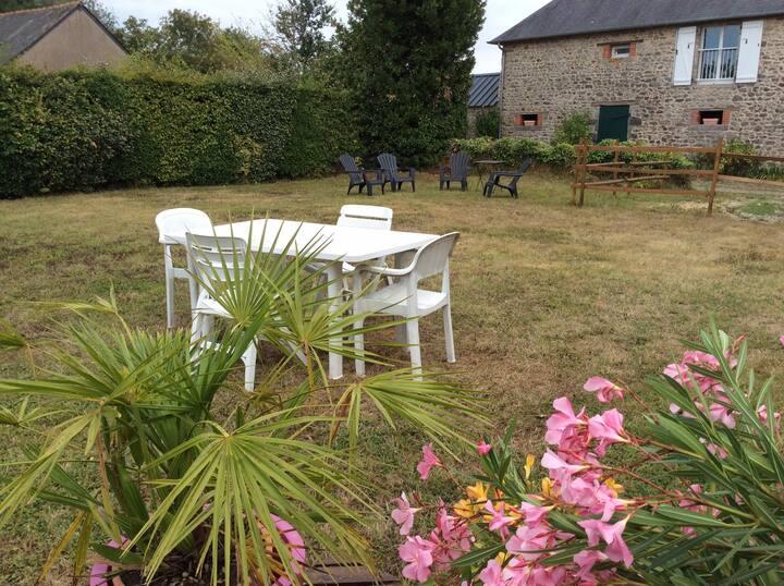 Logement avec jardin privé