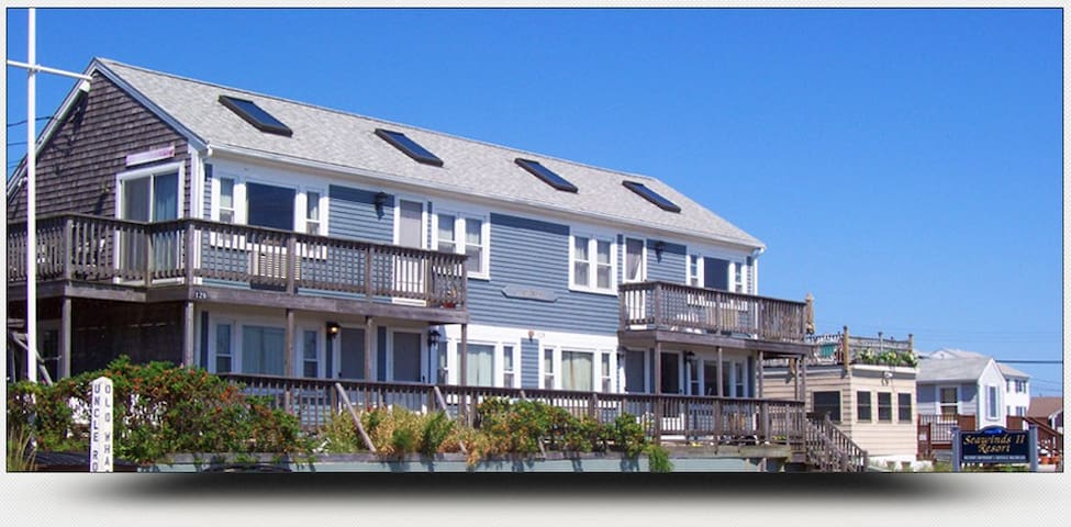 Cape Cod 1 Bedroom with Ocean Views Unit #4