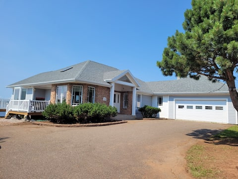 Amazing waterfront property in Stratford, PE