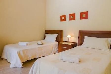 Room to let Irida