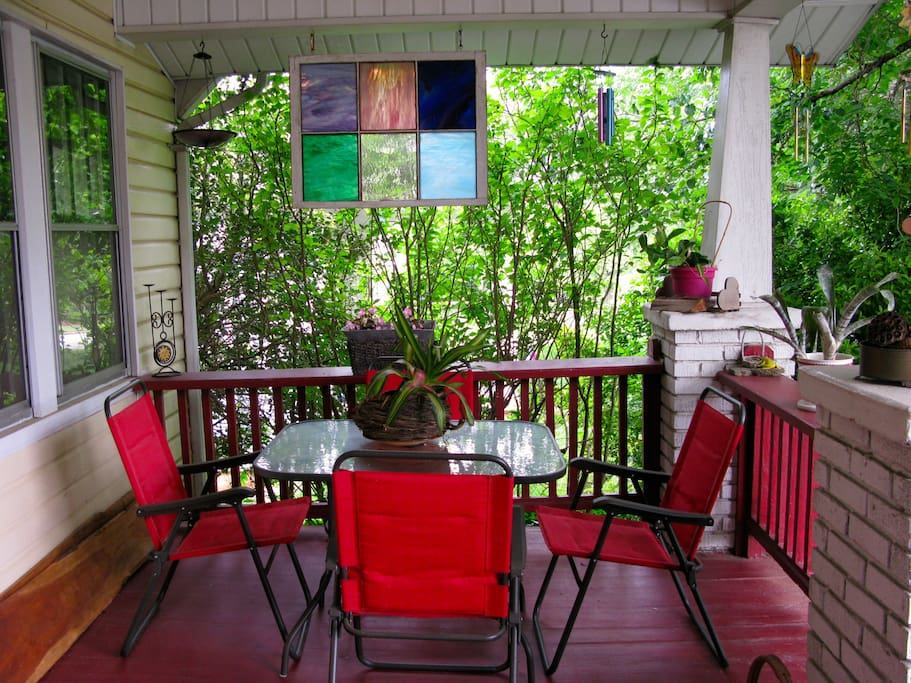 Table & chairs to enhance your enjoyment on the front porch
