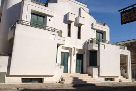 Contehouse alle porte di Lecce - Lizzanello