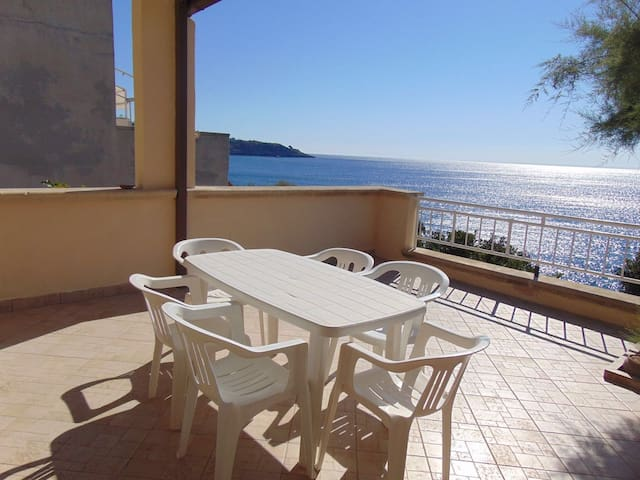 Casa Vacanze Baia Acquaviva 2 - Marina di Marittima - Leilighet