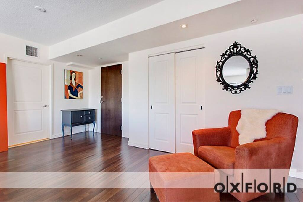 Luxury Large One Bedroom Near Old Montreal Serviced Apartments For Rent In Montr Al Qu Bec