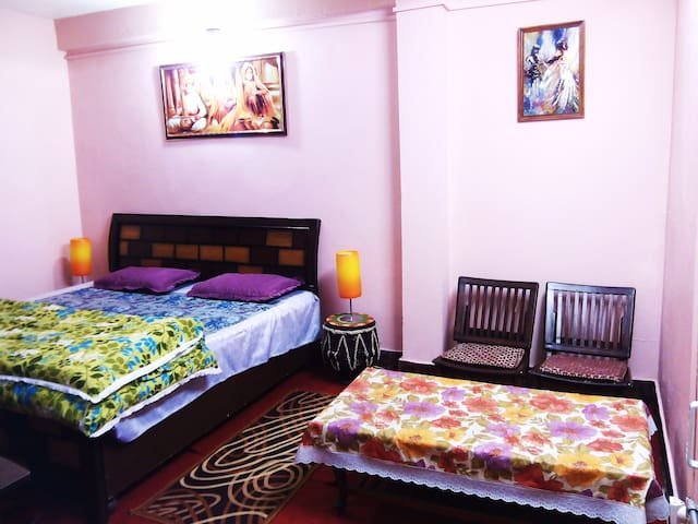 Tweet Suite with attached kitchen - Shoghi - Penzion (B&B)