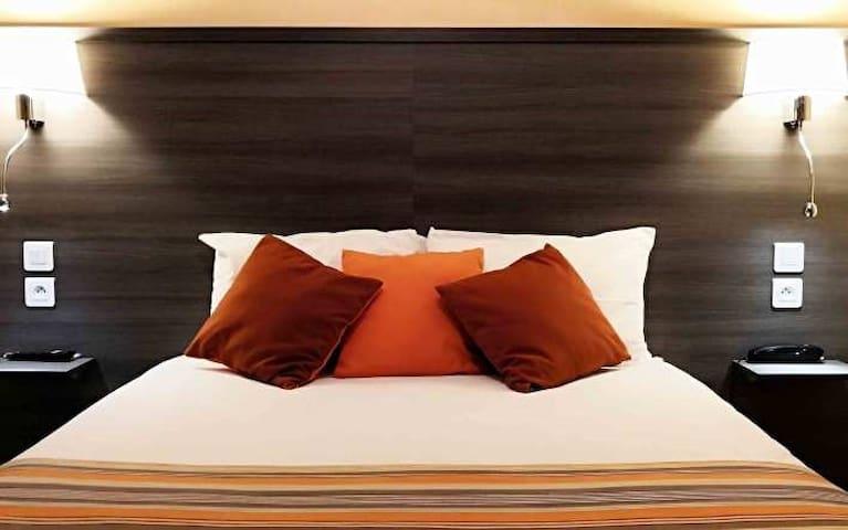 Chambre pour 1 ou 2 avec lit en 140