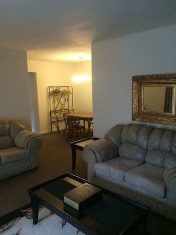 Furnished Apartment - Allentown - Apartamento