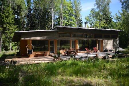 Cosy countryside house near Stockholm - Norrtälje - บ้าน
