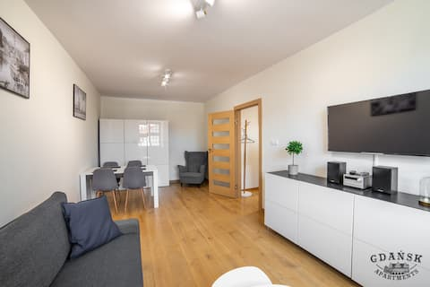 OLD TOWN HIGH STANDARD APARTMENT 11