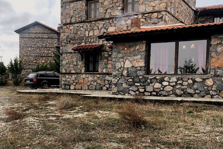 Traditional House and Studio, Agios Athanasios