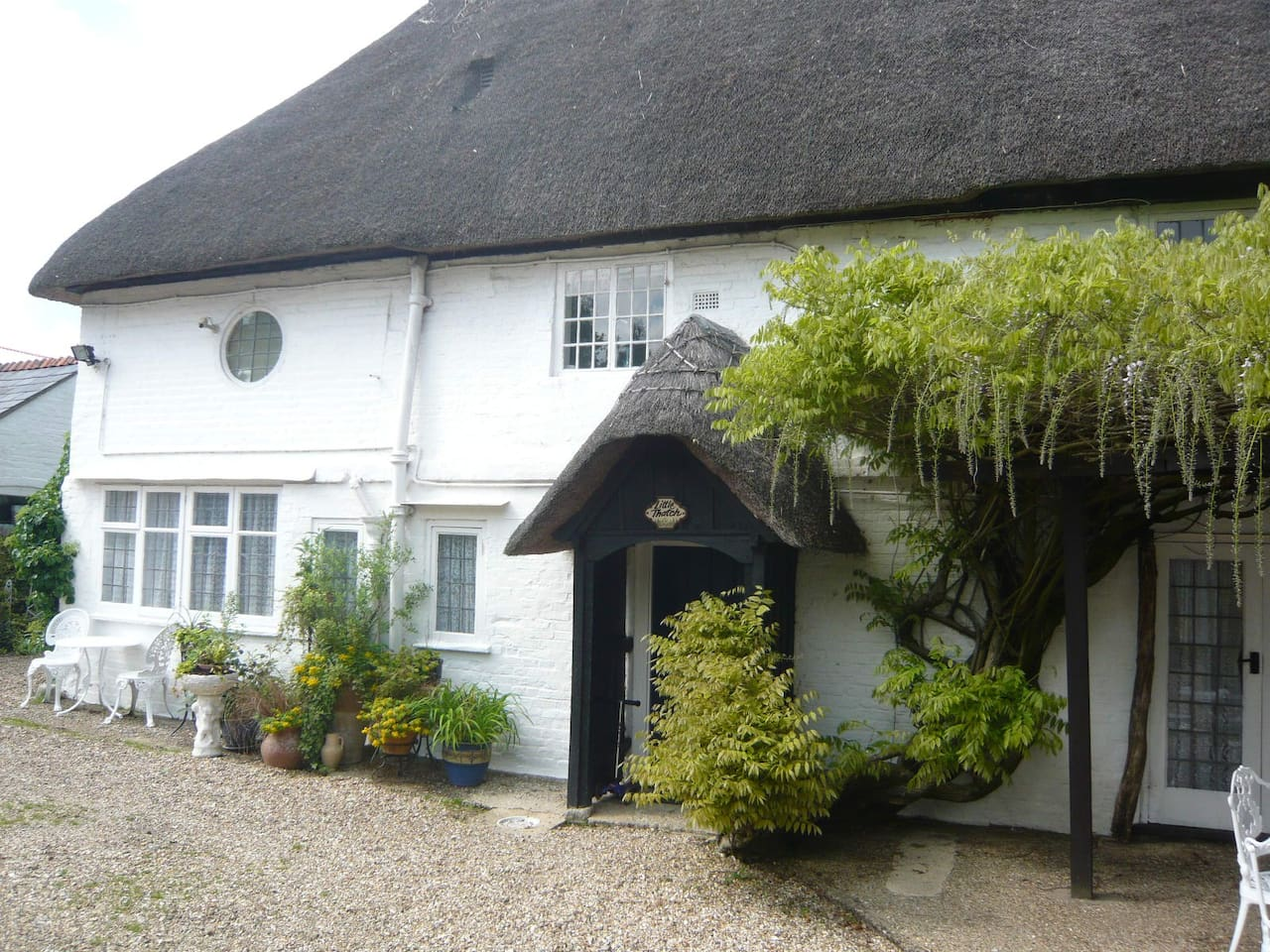 Entrance to Little Thatch