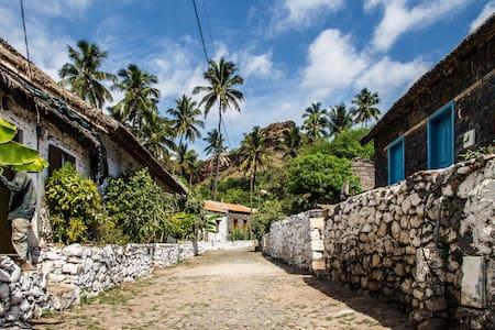 Casa Rua da Banana - Cidade Vehla