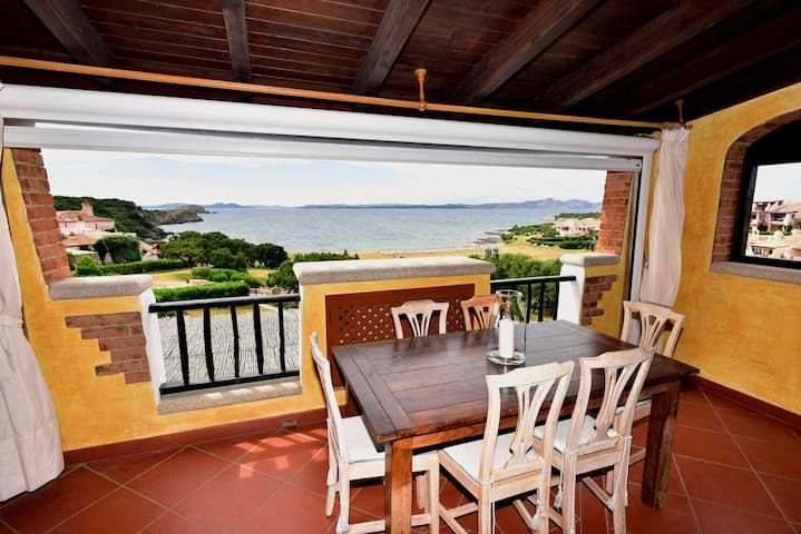 Self Catering Apartment Porto Cervo on the sea - Porto Cervo - Дом