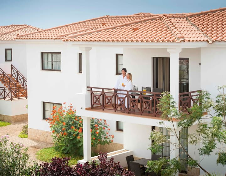 CV Holidays -Tortuga Beach Resort Suite