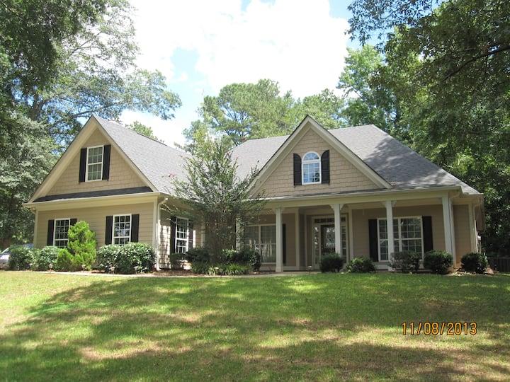 Peachtree Abode-near Atlanta/Pinewood Studios