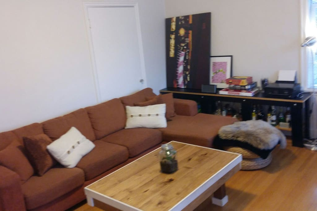 Lounge big comfy couch