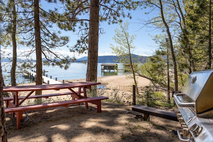 Lakeshore Boulevard Retreat w/ Semi Private Beach