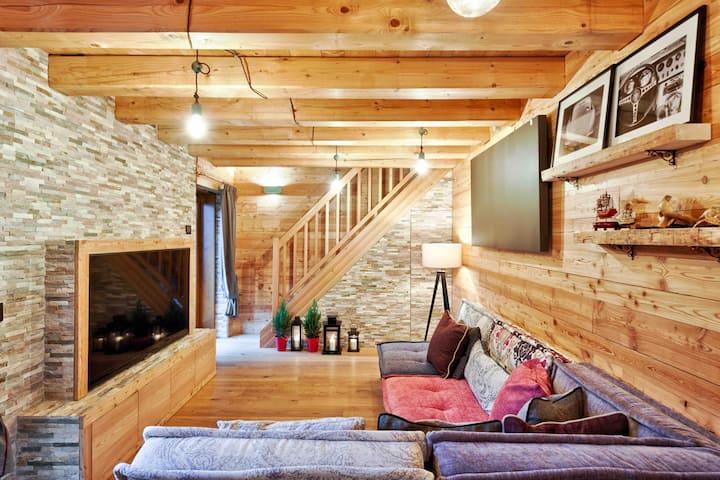 Easy 2 Cortina D'Ampezzo: luxury modern penthouse