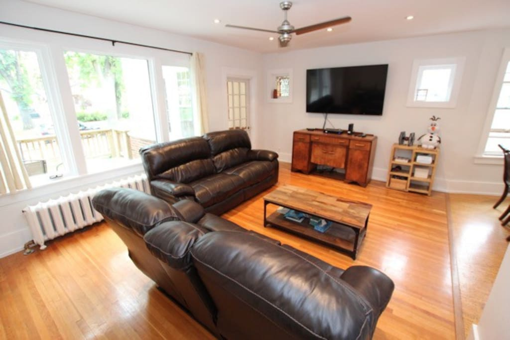 TV Area 65 inch HD newer TV and great seating!