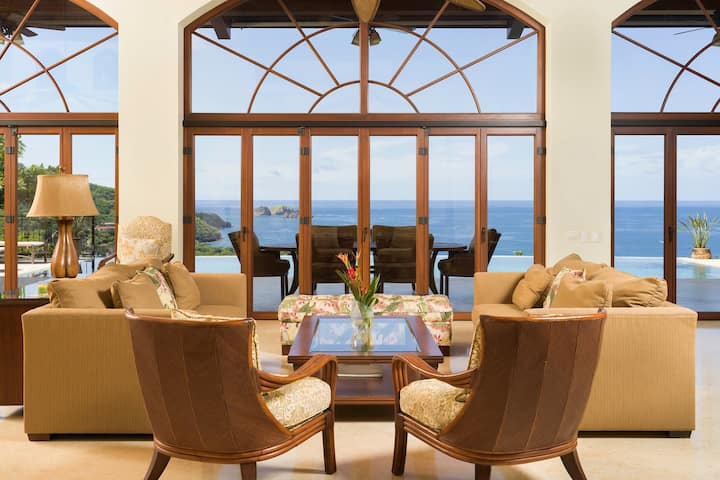 New Listing! Luxurious Family Home with Breathtaking views of Playa Hermosa