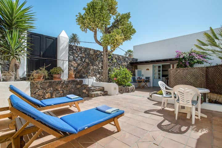 Charming Award-Winning Holiday Home, Casita Carmelo has Mountain Views, Swimming Pool, Wi-Fi, Sun Terrace, Canarian Gardens, yet only Seven Minutes from Excellent Beaches and the Spectacular North-East Coastal Road