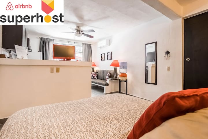 ❤️Old Town ❤️5 blks from BEACH❤️A/C❤️Rooftop Patio
