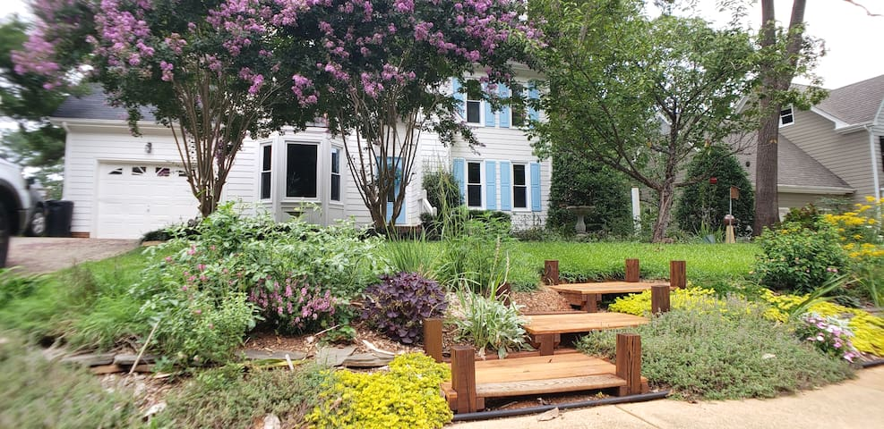 The Cary Garden House! ~GREAT LOCATION~ RDU ~ RTP