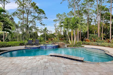 LAKE720, Single Family Home at Naples, with Tropical Nature View - North Naples