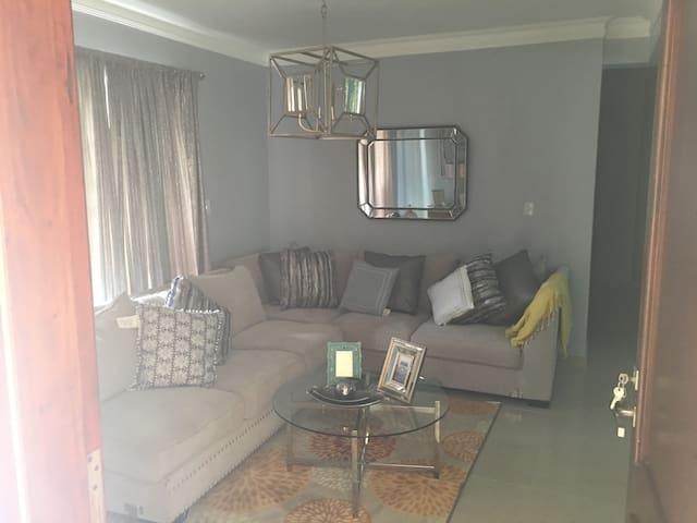 Apartamento lujoso, cómodo y seguro!