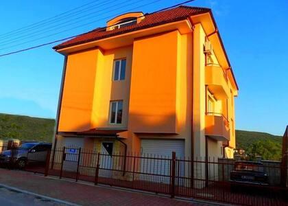 2-Rooms Apartment  (52m2)