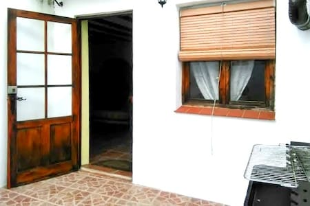 Spacious house w/ terrace and BBQ - Valdezufre