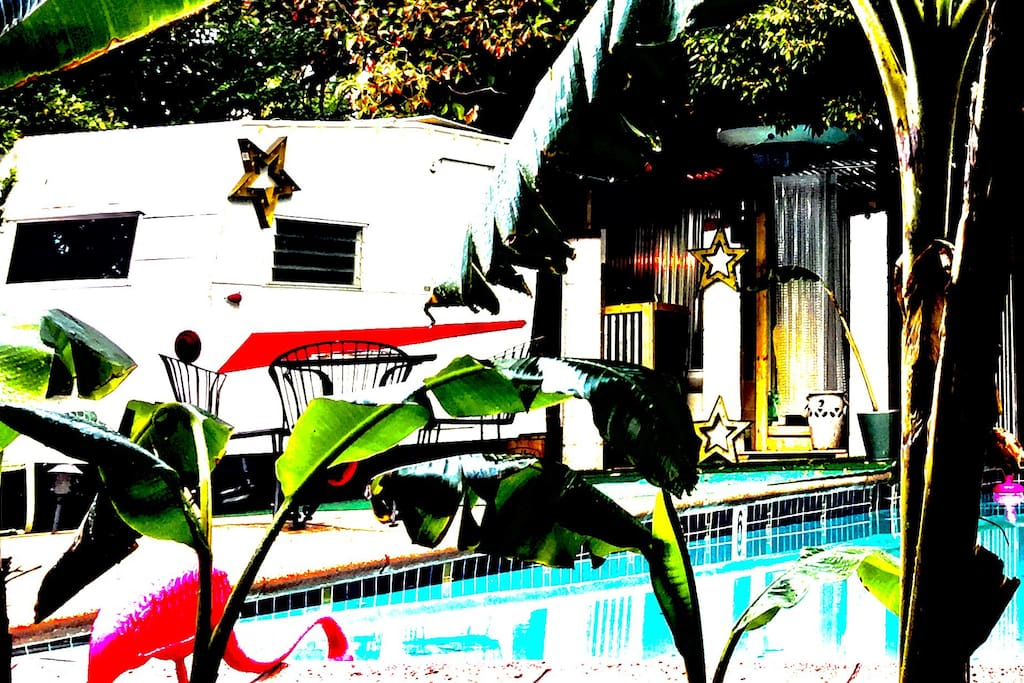 Seclude yourself in the heart of Los Feliz in a vintage 1964 Shasta Travel Trailer parked right on the edge of your own private pool.
