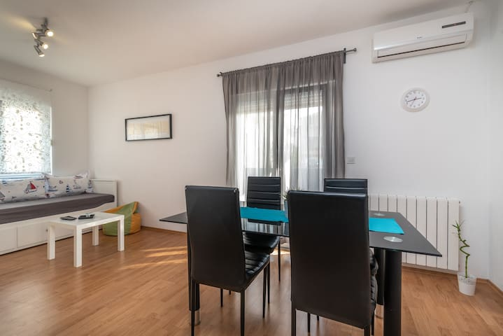 You can close windows and curtains and enjoy in your full privacy at air conditioned apartment.