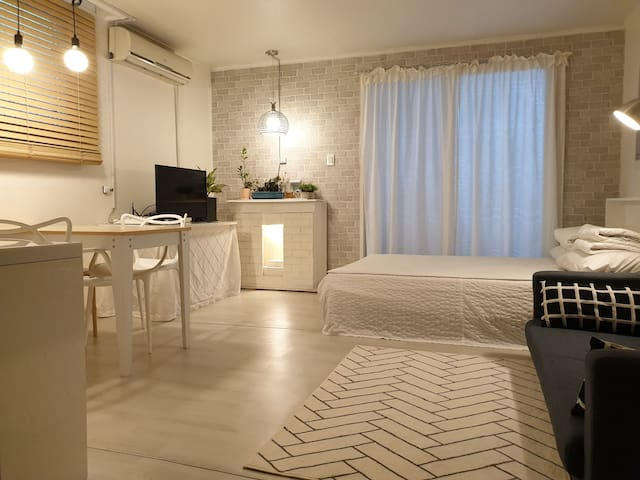 COZY HOUSE #102  Big size room 화정역 10 minite