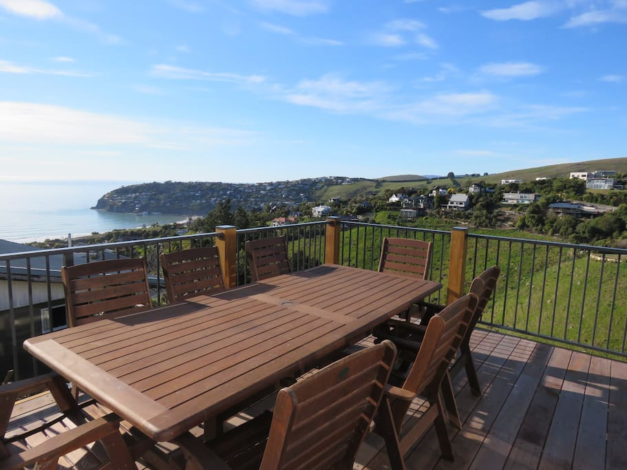 Outside dinning with sea views